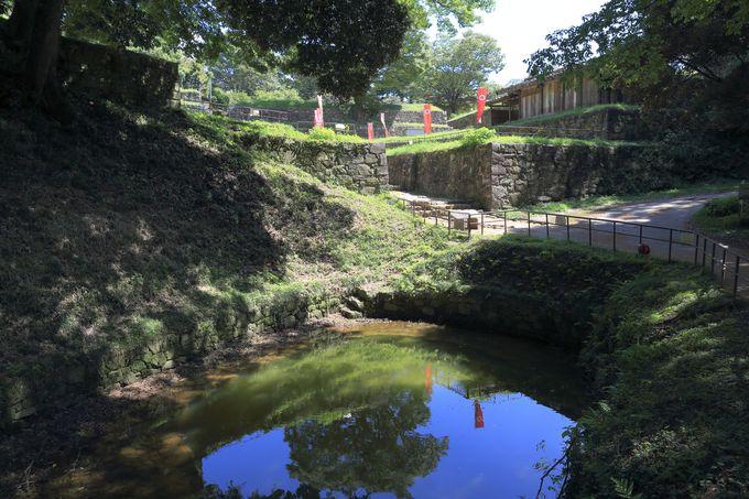 国の指定史跡金山城址!城郭の遺構がそこかしこに点在する貴重な歴史遺産