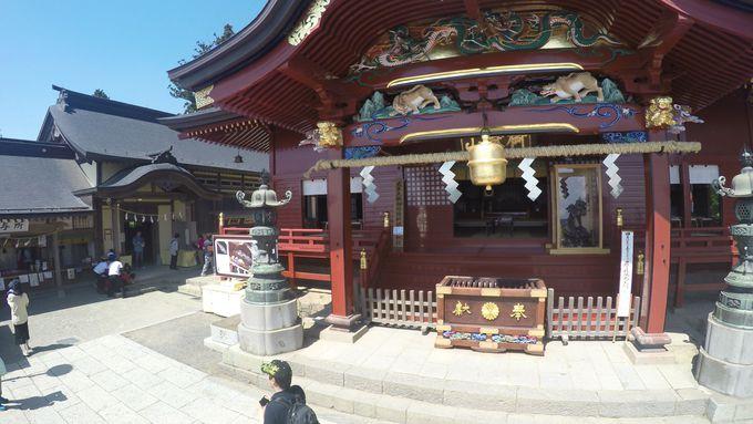 武蔵御嶽神社までの様々な社殿は必見!