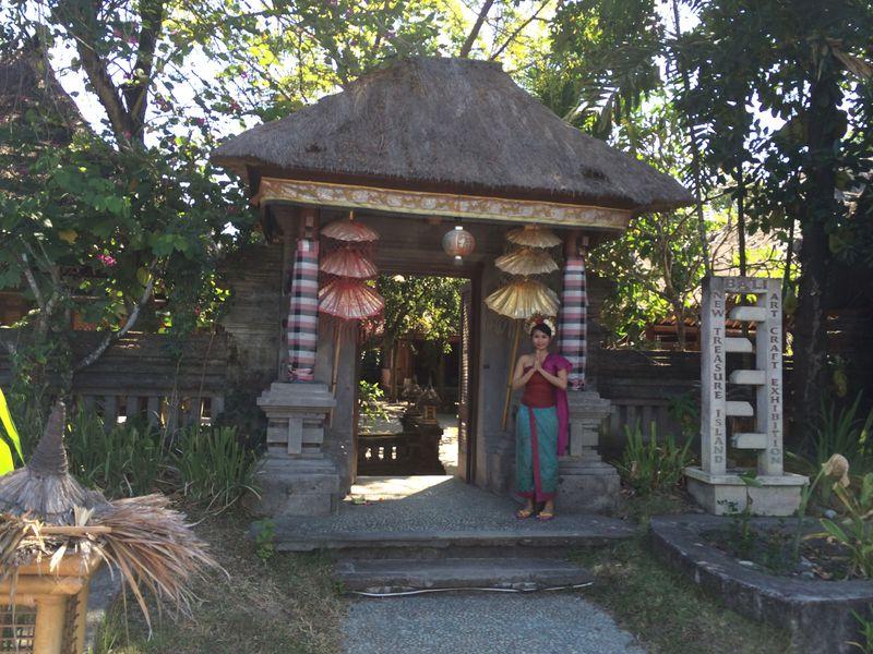 民族衣装撮影・伝統菓子作り・伝統舞踊でバリ島文化体験!