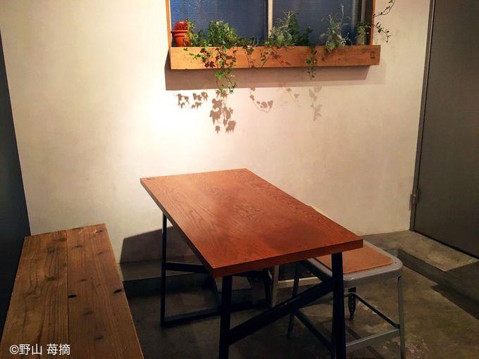 テーブル席でゆっくりイートインも可能!