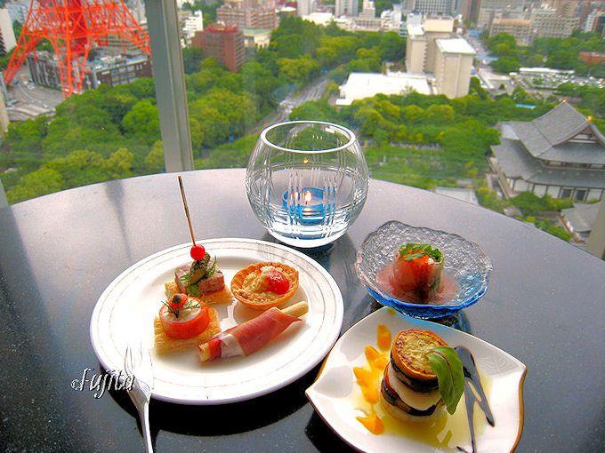 「ザ・プリンスパークタワー東京」のプレミアムラウンジ