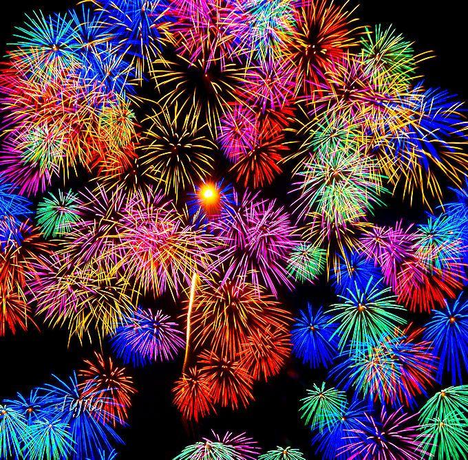 佐倉市民花火大会は、中盤にも二尺玉が炸裂!
