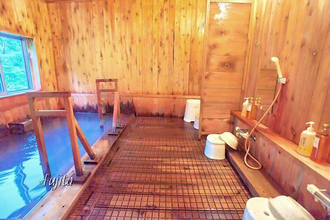 新玉川温泉は、玉川温泉を上回る浴室の充実が素晴らしい!