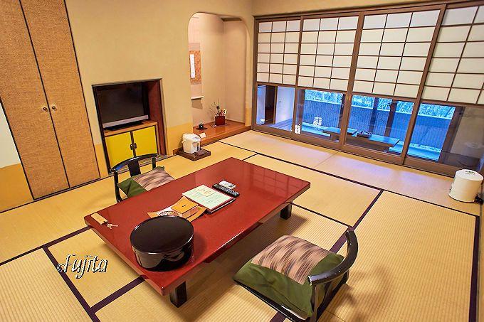 黒川温泉 黒川荘の客室は、やはり戸建ての離れ風