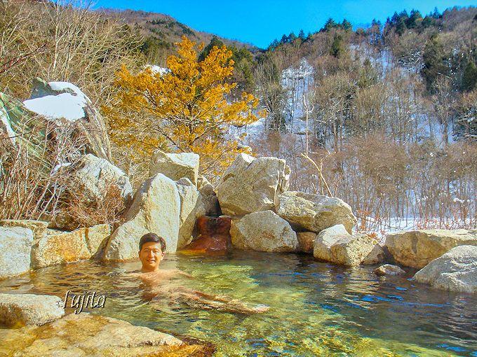 葛温泉「仙人閣」の露天風呂は、開放的で眺望も素晴らしい