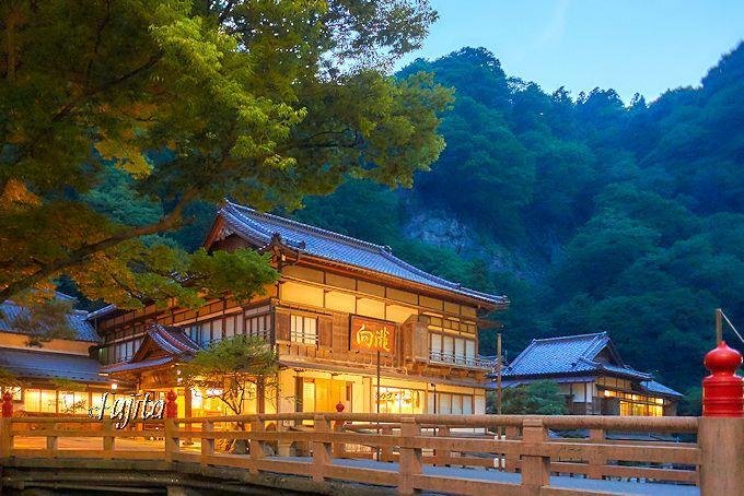 一万円台の名旅館!会津東山温泉「向瀧」は非の打ち所が無い完璧な宿