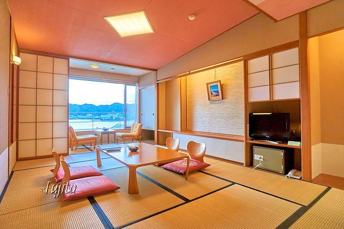 ホテル浦島は、格安な本館客室でも大満足!