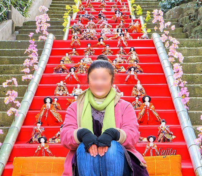 雛人形と一緒に雛壇で記念撮影!伊東MAGARI雛&KAGUYA雛