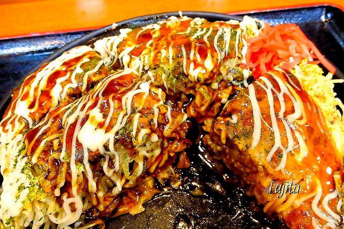 一度食べれば二度と素通り不可能!広島・沼田PAの絶品「お好み焼き」