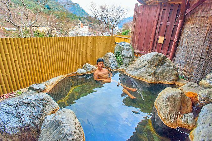一回無料の貸切露天風呂で温泉満喫!