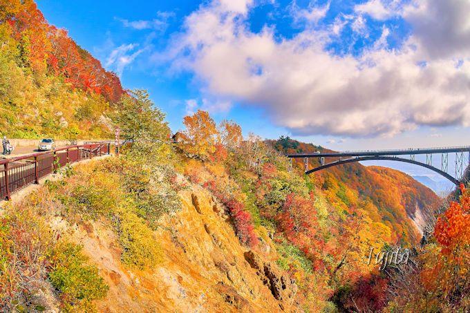 磐梯吾妻スカイラインの紅葉観光は「つばくろ谷」から出発!