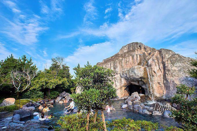 夏はプール!大江戸温泉物語・浦安万華郷の水着露天風呂