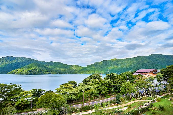 芦ノ湖側和洋室がおすすめ!箱根「はなをり」の客室