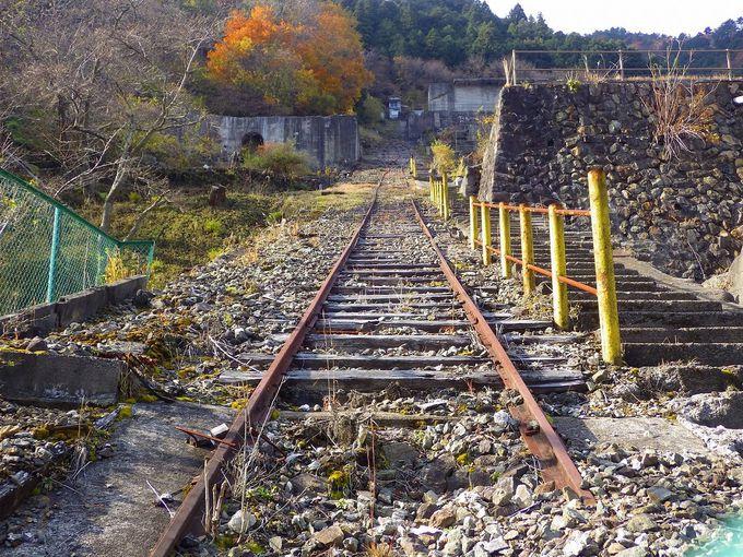 廃線となった神子畑インクラインと明神電車に思いをはせる