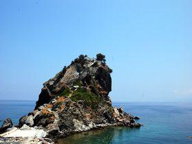 ギリシャ、エーゲ海に浮かぶ伝説の島『マンマ・ミーア!』の舞台へ