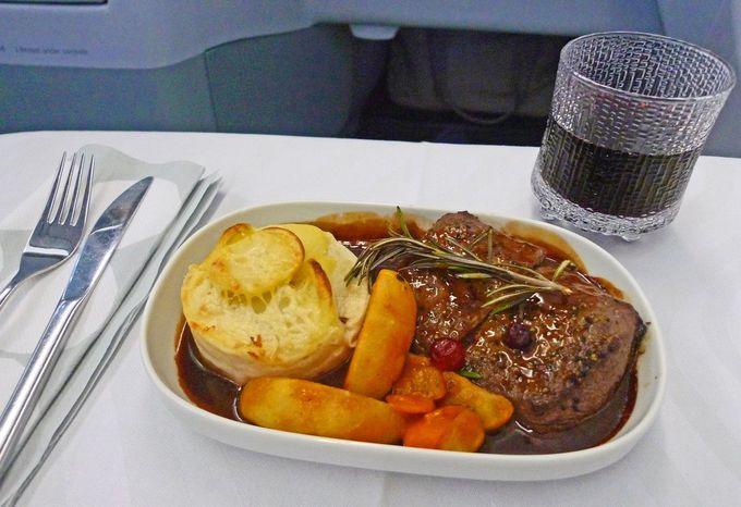 機内で美味しい北欧料理を堪能!