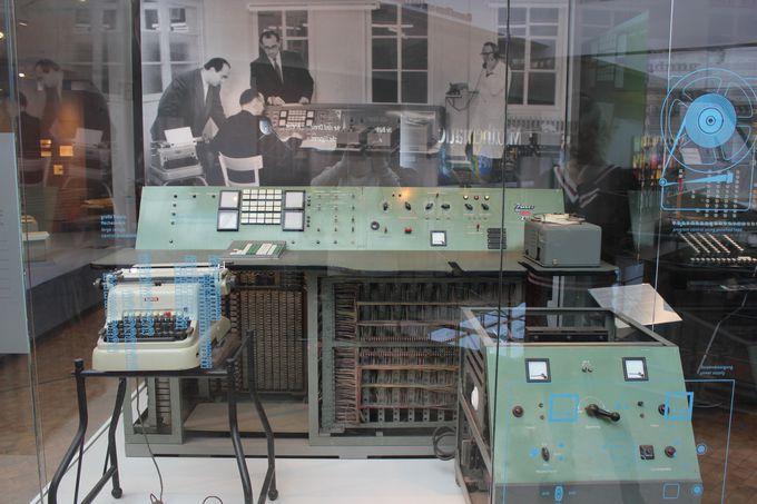 ドイツの情報学のパイオニア、コンラート・ツーゼのZ11