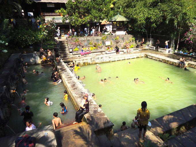 地元っ子でにぎわう天然温泉