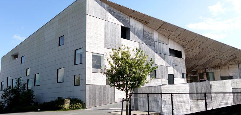 隈研吾氏デザインの独特な建物をチェック!