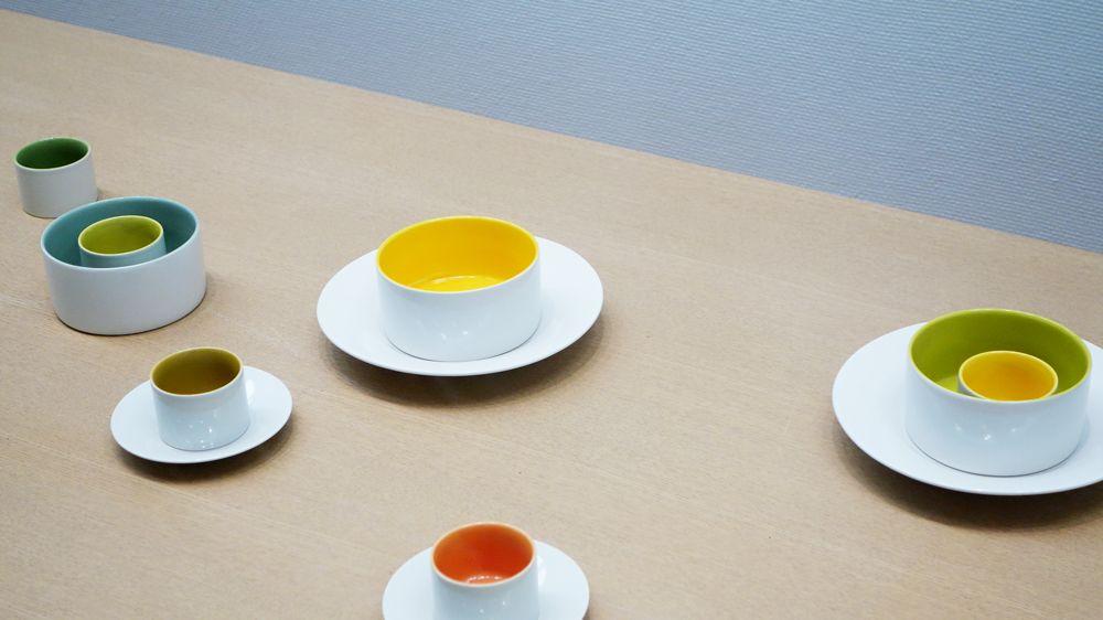 思わず「カワイイ!」 シンプルで楽しい色合いの食器たち