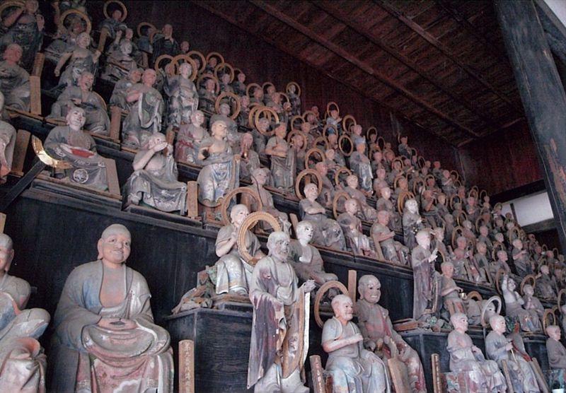 彦根の粋なスポット、名庭と五百羅漢〜天寧寺・龍潭寺〜