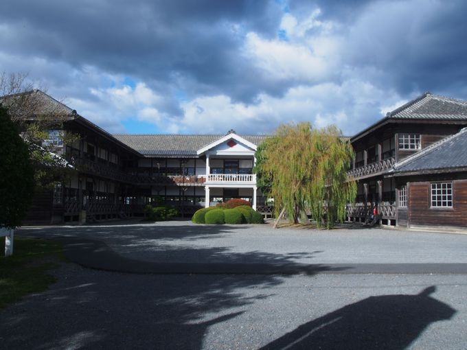 登米が誇る学校建築「教育資料館」
