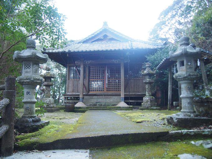 薩摩焼の歴史を静かに語る「玉山神社」