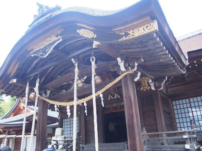 甲府の精神的支柱と宝物群「武田神社」