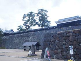 山陰唯一の現存天守は水に恵まれた過剰防衛の大城郭~松江城~|島根県|トラベルjp<たびねす>