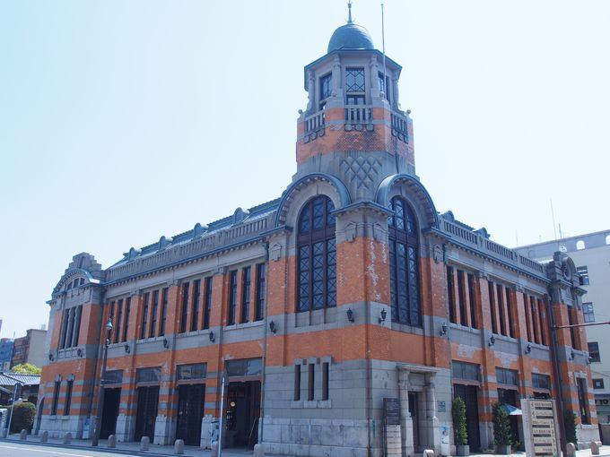 北九州の要港にそびえる美麗な塔屋~門司港・旧大阪商船~