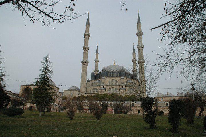 トルコの古都エディルネ〜モスク建築の最高峰「セリミイェ・モスク」も!〜