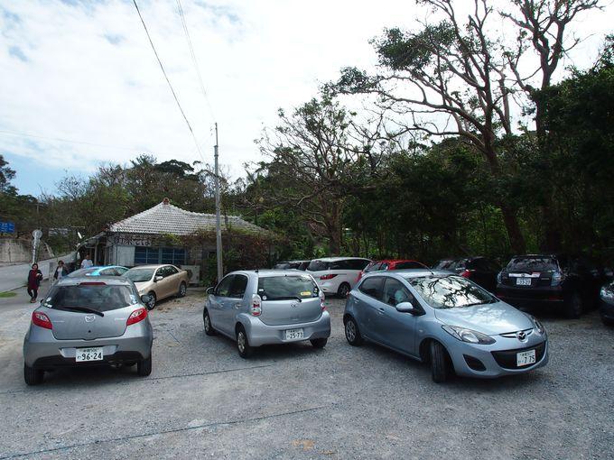 昼時は駐車場もすぐに満車