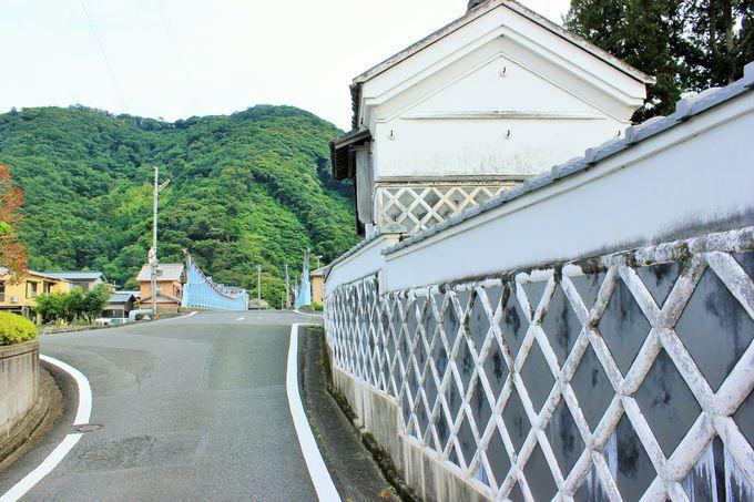松崎町のなまこ壁