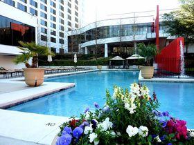 買い物&ゴルフへ1マイル!米国ヒューストン「オムニホテル」