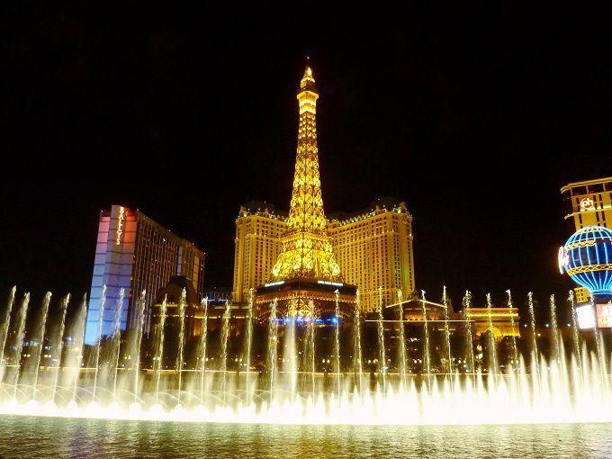 ラスベガスのおすすめ観光スポット15選 アメリカの不夜城で遊び尽くそう!
