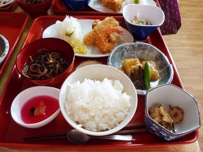 ボッカさんの食材で作られた小鉢料理を堪能