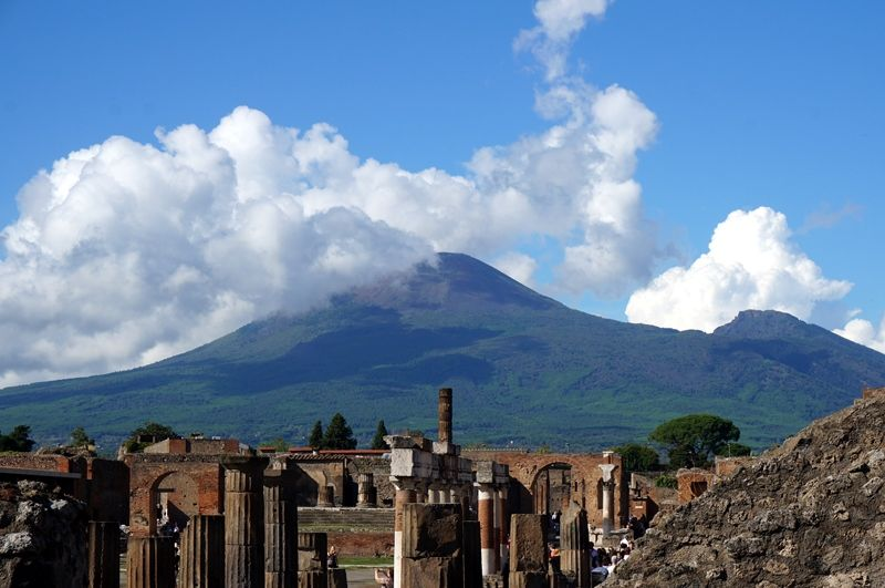 観光前の予備知識!火山が噴火する前のポンペイとは?