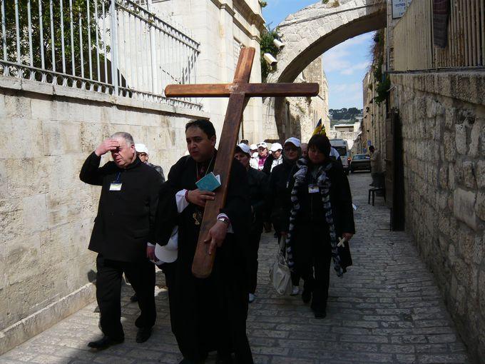 キリストが歩いた悲しみの道「ヴィア・ドロローサ」