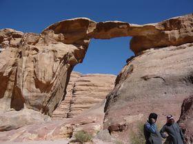 ヨルダン「ワディラム砂漠」で満点星空キャンプとクライミング!