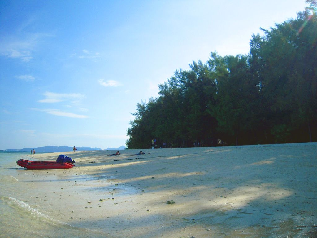 バンブー島の施設