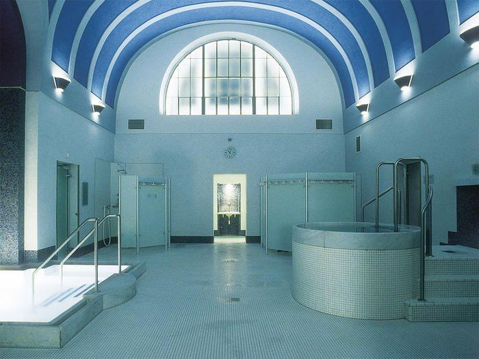 伝統ある由緒正しいローマン・アイリッシュ浴場を体験しよう