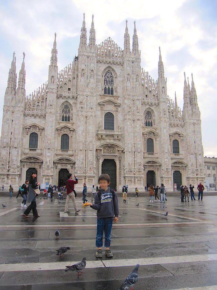 聖母マリアに捧げられた大聖堂、ミラノのドゥオーモ