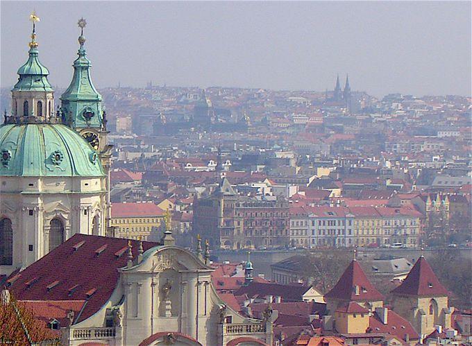 プラハ城の立つ丘の上からの眺めは最高!