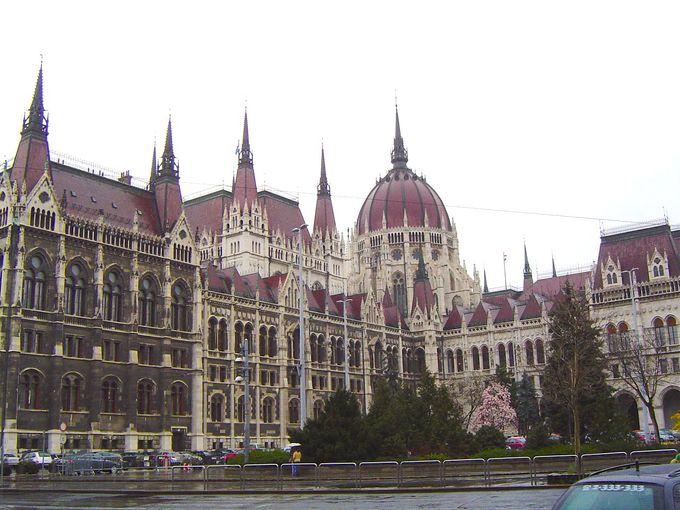 1.国会議事堂(ブダペスト)