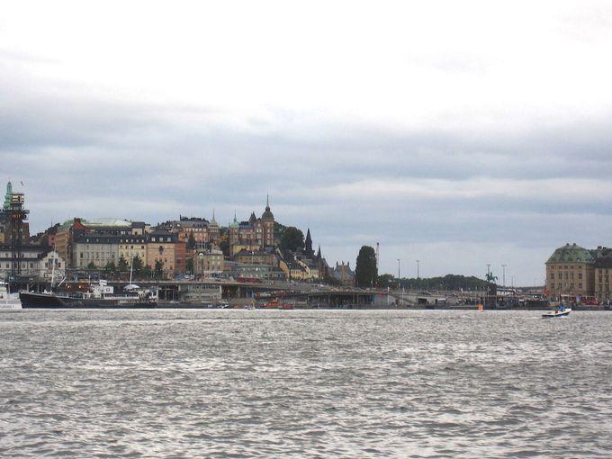 船でユールゴーデン島に行くのがお勧め!