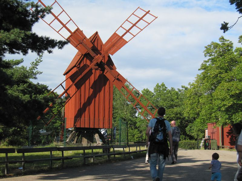 世界初の野外博物館!緑豊かなストックホルム「スカンセン」