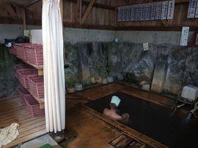 新鮮な源泉が掛け流し!奥会津「玉梨温泉」の無人共同浴場|福島県|トラベルjp<たびねす>