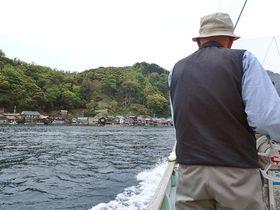 まるで秘密基地!京都伊根町の舟屋から海上タクシー「碧海丸」で舟屋群を巡ろう!|京都府|トラベルjp<たびねす>