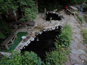 別府三秘湯・明礬温泉「へびん湯」は大荒れダート奥の混浴露天風呂