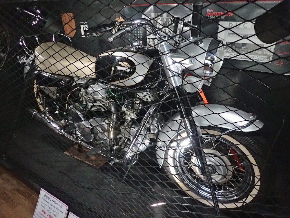 世界で1台!推定2億円の幻のバイク「ドゥカティ・アポロ」